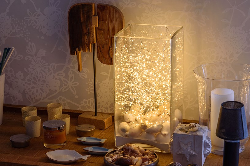 10 idee per decorare e abbellire la casa con le luci for Luci led per casa