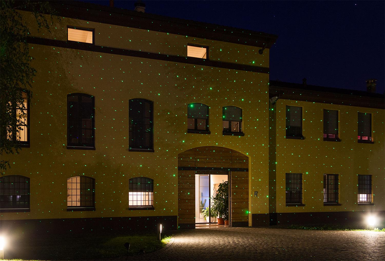 Pareti Esterne Illuminate : Proiettore luci natale: cinque consigli duso luminal park