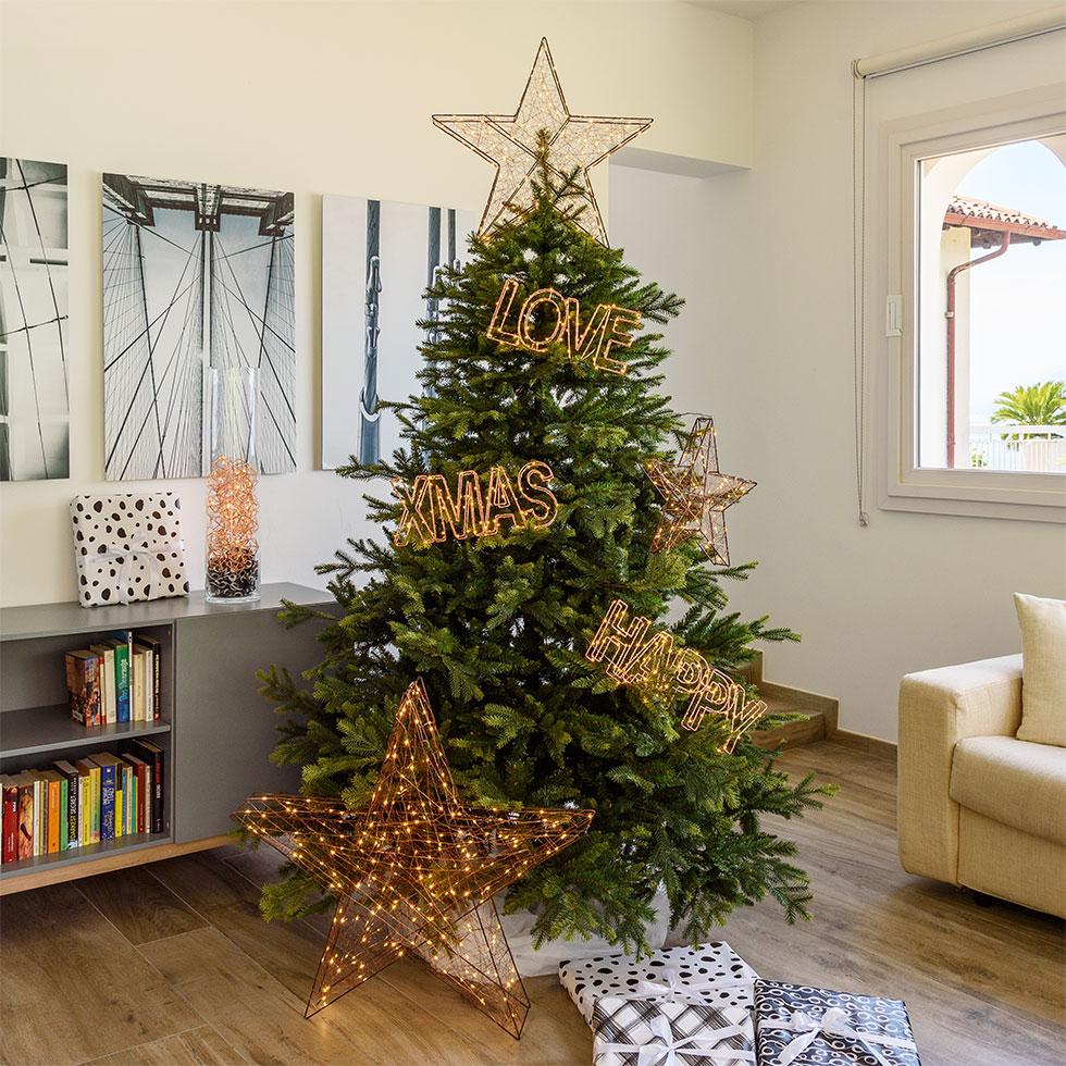 Alberi di natale originali 2017 luminal park - Decorazioni natalizie moderne ...