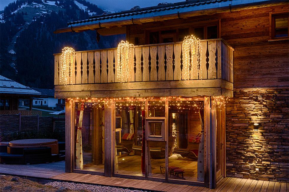 weihnachtsbeleuchtung f r balkone und terrassen luminal park. Black Bedroom Furniture Sets. Home Design Ideas