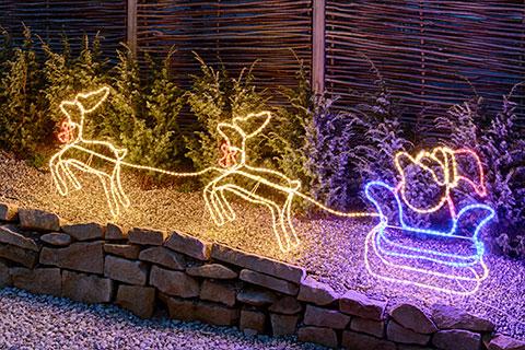 Illuminazione natalizia giardino luminal park - Renna natalizia luminosa per giardino ...