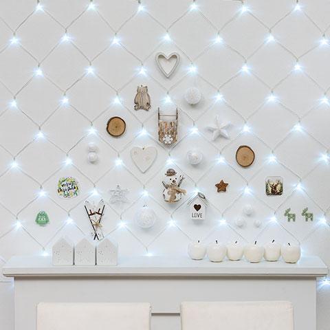 Selbstgemachte Deko Für Die Wand Mit LED Lichternetz