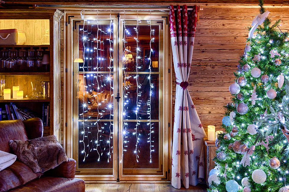 d corations de no l pour portes et fen tres luminal park. Black Bedroom Furniture Sets. Home Design Ideas