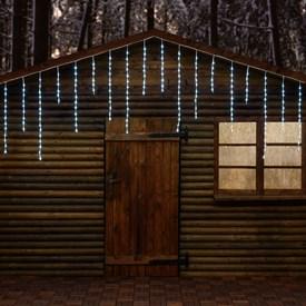 Led Weihnachtsbeleuchtung Ohne Kabel.Leds Mit Schneefall Und Eisregen Effekten Luminal Park