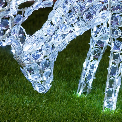 Renne qui broute l'herbe, h. 50 cm, LED blanc froid