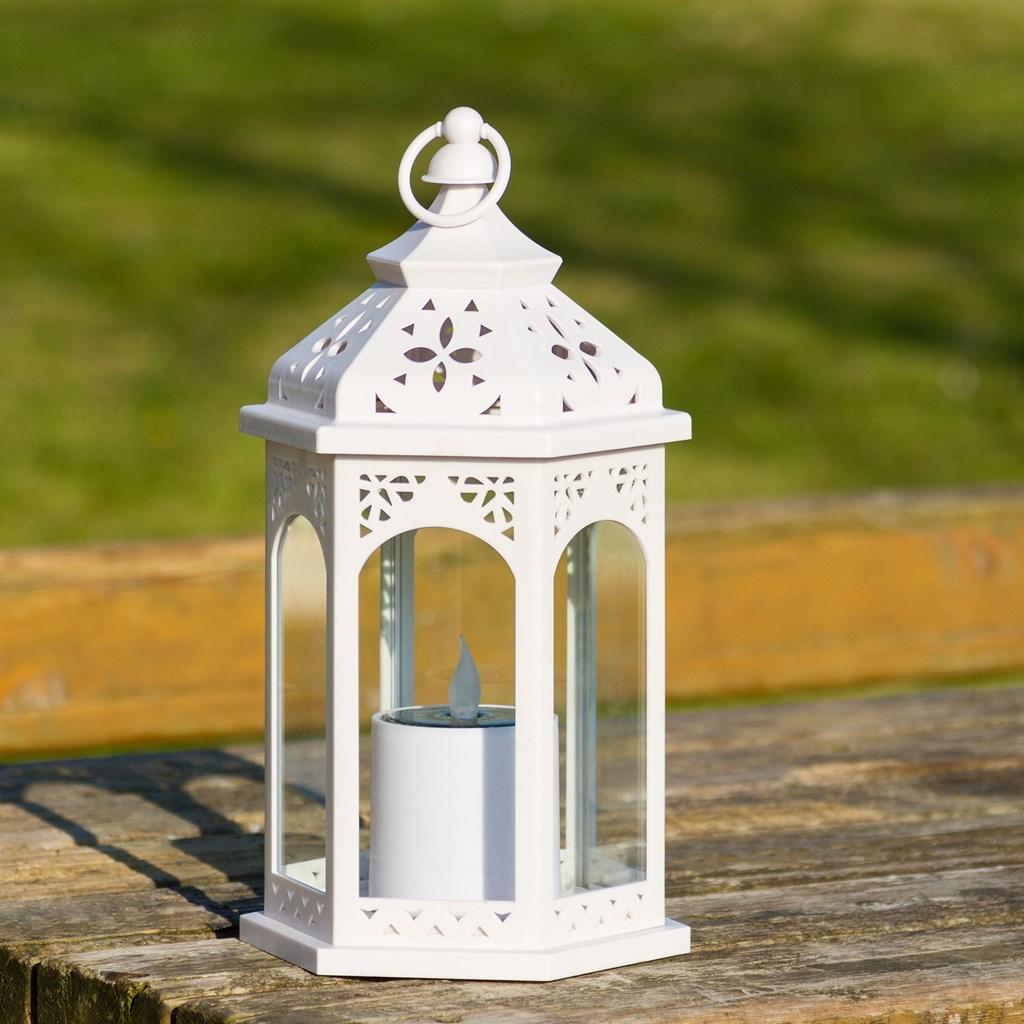 lanterne solaire hexagonale blanche avec bougie h 32 5 cm. Black Bedroom Furniture Sets. Home Design Ideas