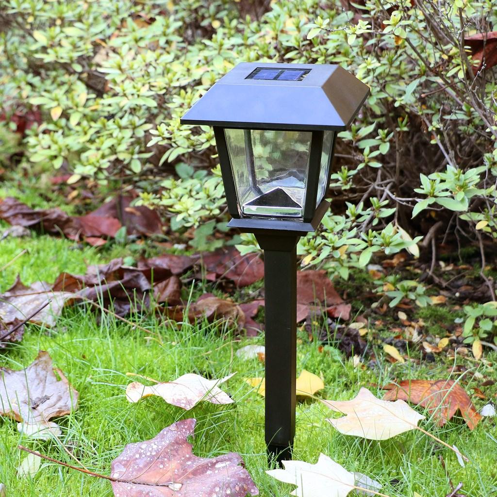 Lampe de jardin avec lanterne carr e nergie solaire h 48 5 cm led blanc froid lanternes led - Lanterne de jardin solaire ...