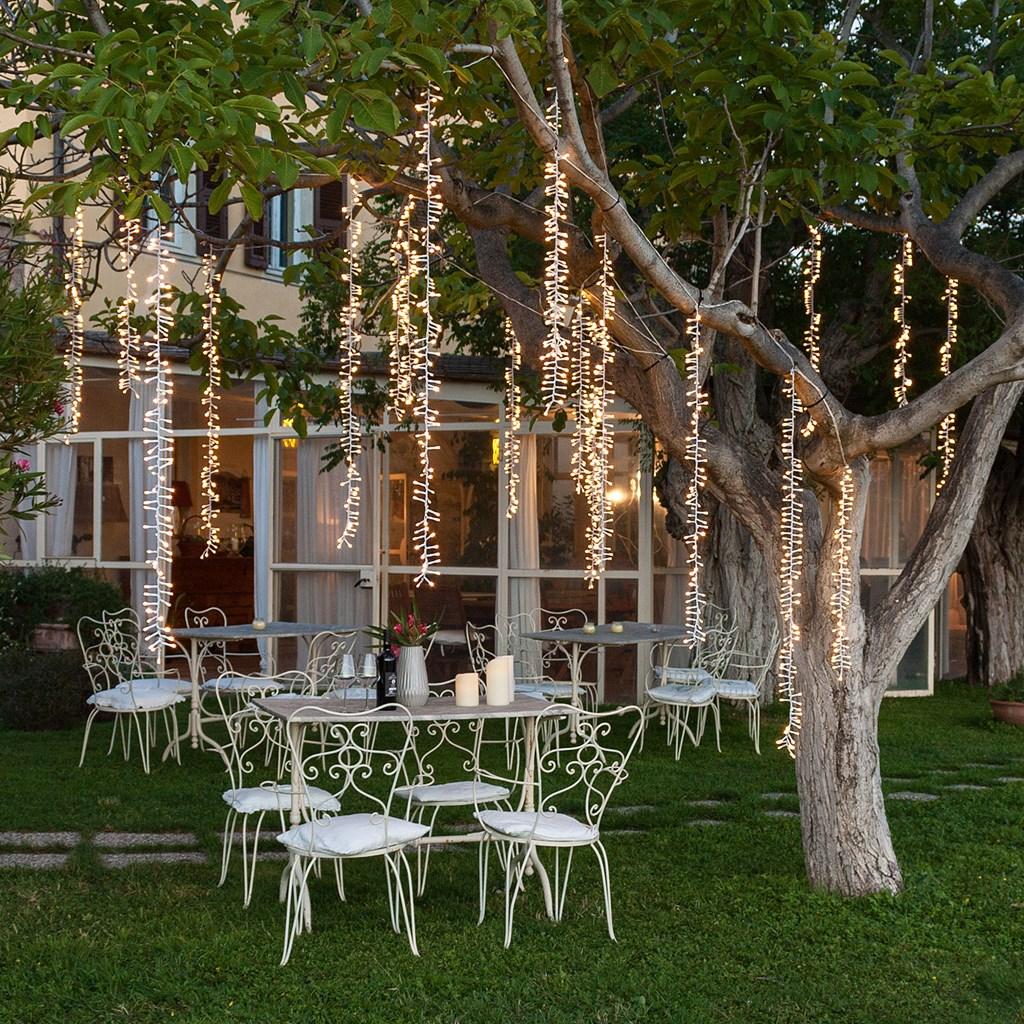 Cascata di luci a 3 nastri 288 led bianco caldo cavo for Lampadari con filo lungo