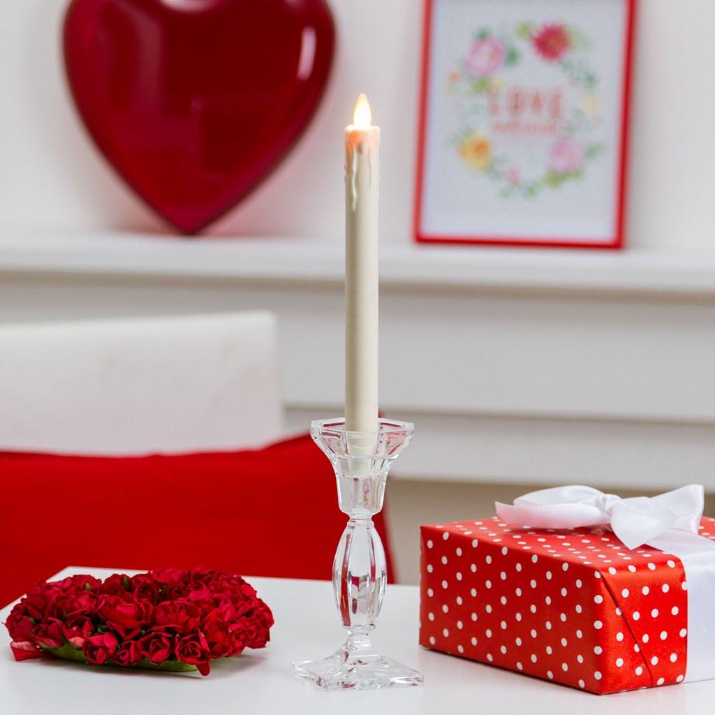 led tafelkerze mit tropfen h 23 cm warmwei es licht mit timer led kerzen und teelichter. Black Bedroom Furniture Sets. Home Design Ideas