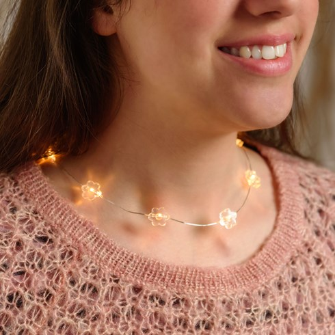 Collier Brilly 10 fleurs led blanc chaud