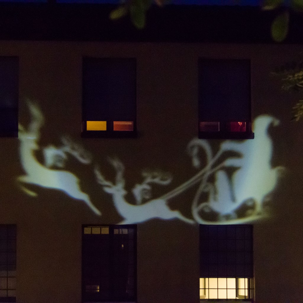 LED-Projektor kreisende Sterne, kaltweißes Licht - LED und Laser ...