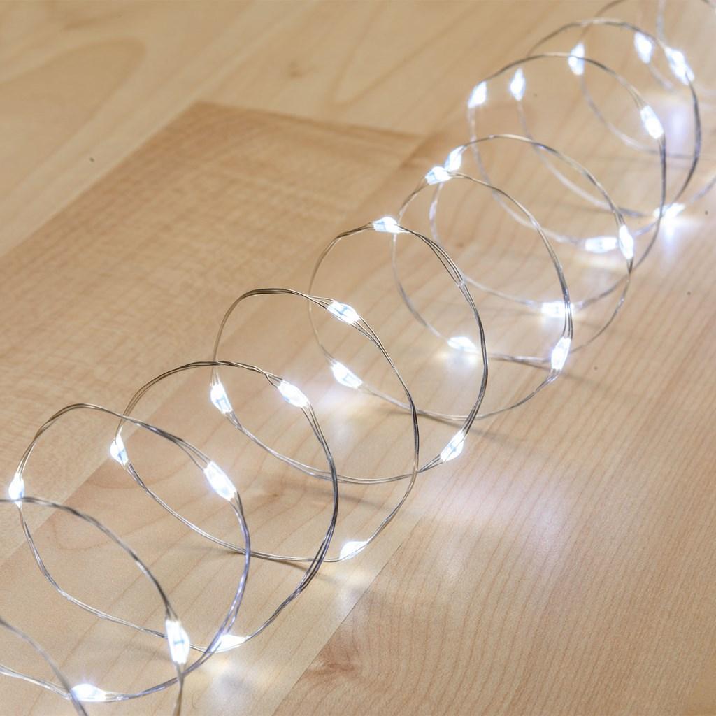 lichterkette 2 m 40 micro leds kaltwei silberner metalldraht batteriebetrieben lichterketten. Black Bedroom Furniture Sets. Home Design Ideas