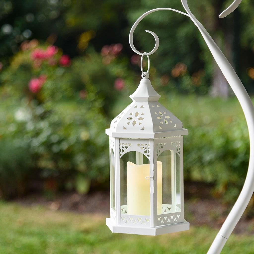 lanterne en verre et m tal blanc h 34 cm avec bougie led. Black Bedroom Furniture Sets. Home Design Ideas