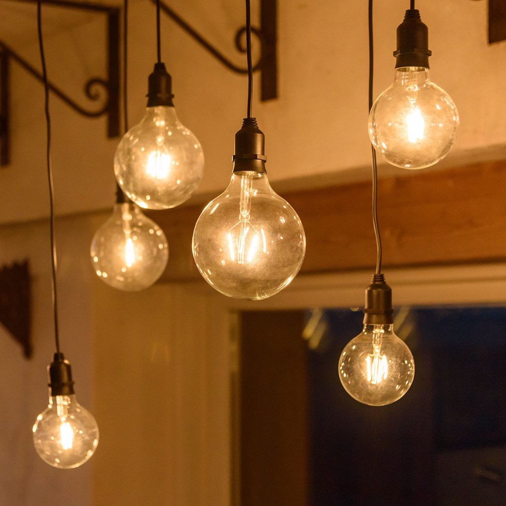 filo di 6 lampadine pendenti in vetro 9 5 12 5 cm 3 6 x