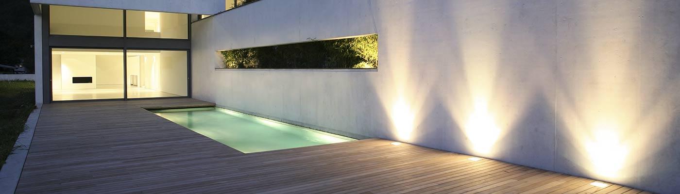 Illuminazione strisce led per interni dj92 pineglen for Illuminazione a led per interni