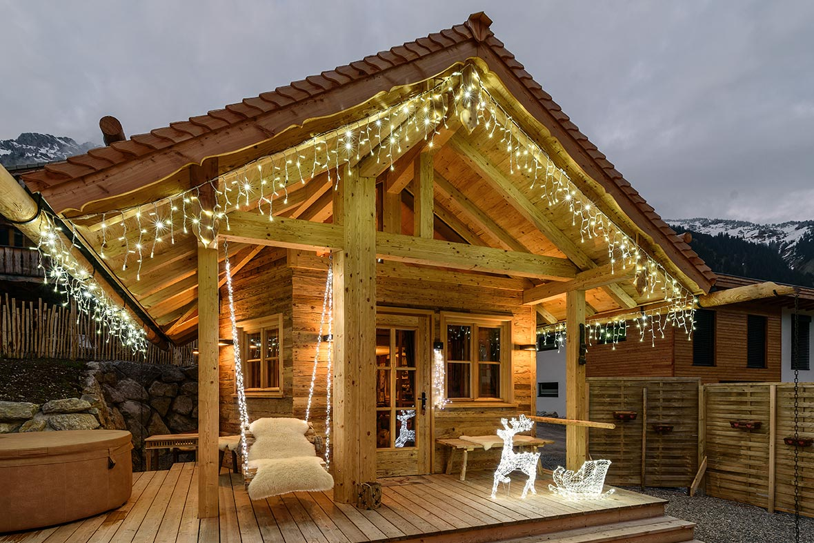 Luces navide as 2018 para las cornisas luminal park - Cornicione casa ...