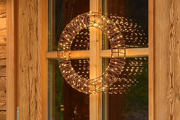 Decorazioni natalizie 2018 finestre e porte luminal park - Decorazioni natalizie per porte e finestre ...